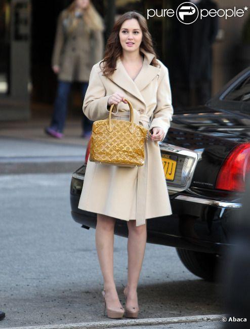 Leighton Meester élégante sur le tournage de Gossip Girl, le 5 mars à New York