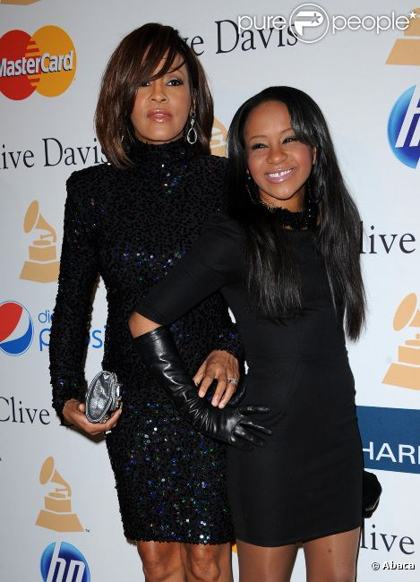 Whitney Houston et sa fille Bobbi Kristina le 12 février 2011 à Los Angeles
