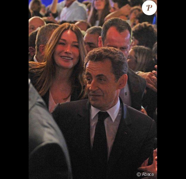 Nicolas Sarkozy et Carla Bruni Sarkozy lors du meeting de Villepinte le 11 mars 2012
