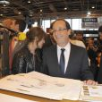 François Hollande au Salon du Livre le 18 mars 2012 à Paris