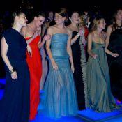 Charlotte Casiraghi, au bal, s'amuse en transparence devant Victoria Silvstedt