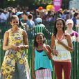 Michelle Obama et ses filles Malia et Sasha. Washington, Avril 2011.