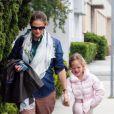 Jennifer Garner emmène sa fille Violet à son cours de danse, le 1er avril 2012 à Los Angeles