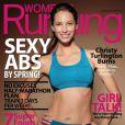 Christy Turlington, 43 ans, pète la forme et le prouve en faisant la Une du magazine Women Running de mars/avril 2012.