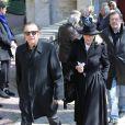 Roland Giraud et sa femme lors des obsèques de Philippe Bruneau le 3 avril 2012 en l'église Saint-Ouen de Caen