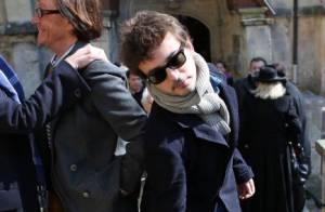 Obsèques de Philippe Bruneau : Renan Luce et sa femme Lolita, bouleversés