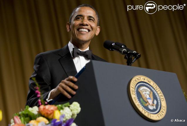 Barack Obama lors du traditionnel dîner des correspondants de la Maison Blanche le 28 avril 2012 à Washington DC
